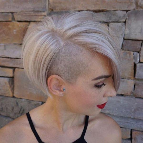 corte de pelo corto bob con lado afeitado