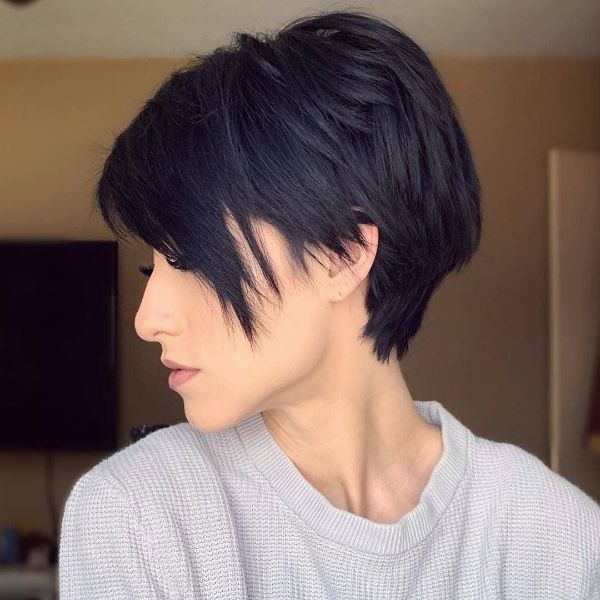 peinados con flequillo al lado