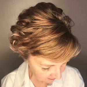 peinado-corto-de-la-boda-de-50-anospara-mujeres-mayores