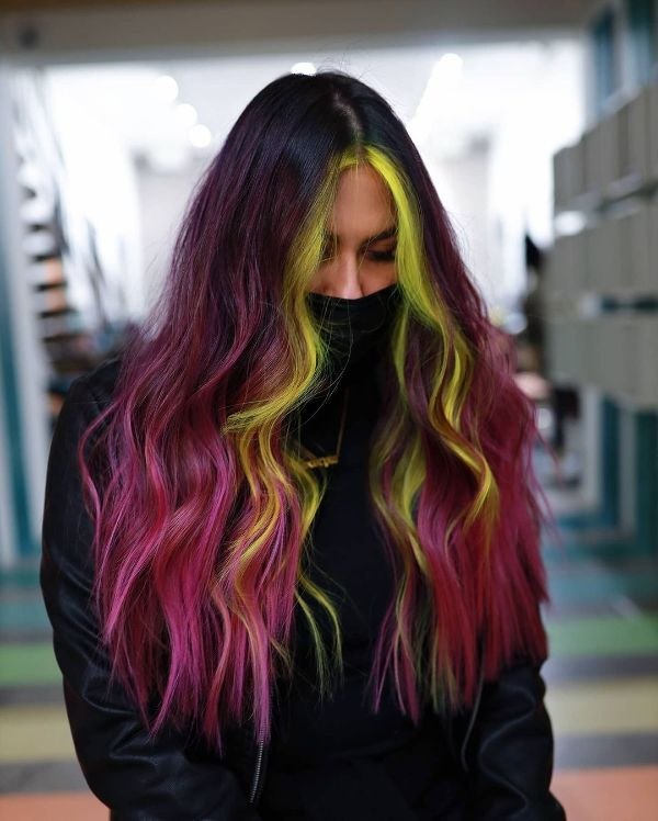 mahogany hair color with front highlights aka money piece balayage
